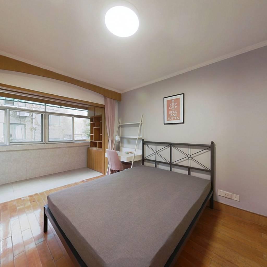 合租·玻纤院 4室1厅 南卧室图