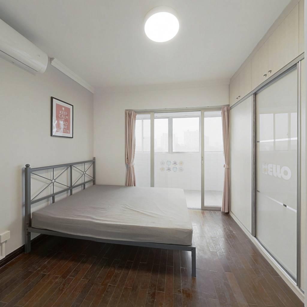 合租·高教花园 4室1厅 南卧室图