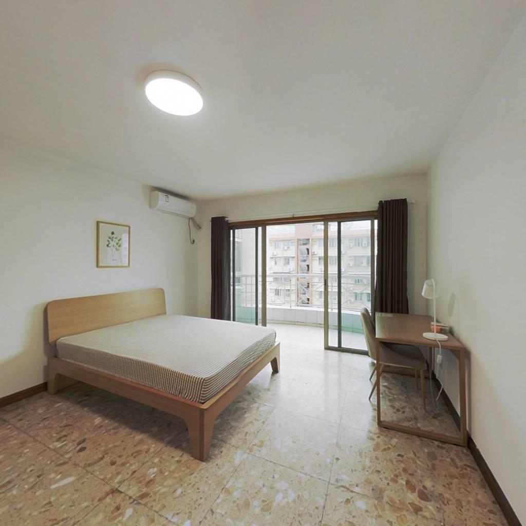 合租·翠薇园 5室1厅 南卧室图