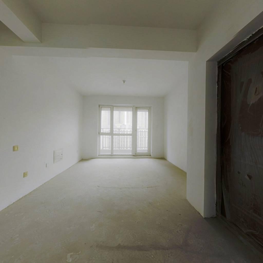 碧桂园锦园 楼龄新一梯二户小高10楼清水满五年近地铁