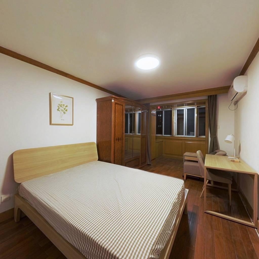合租·秋实园 3室1厅 北卧室图