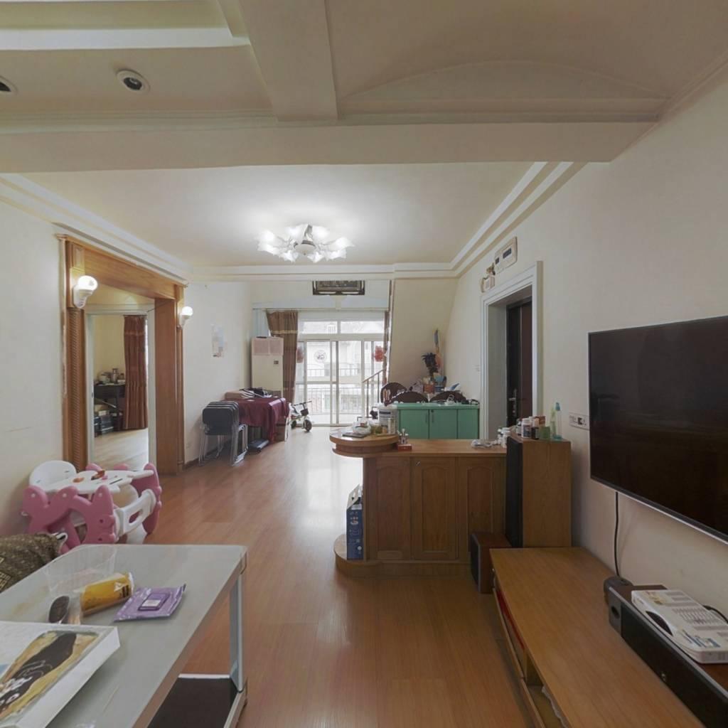 出售地铁 口广信四季家园复式楼 精装修5室带露台花园
