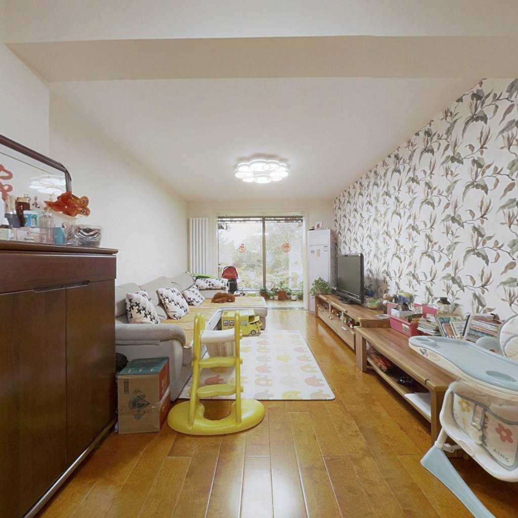 南北通透三居室,高品质环保装修,真材实料,位置好