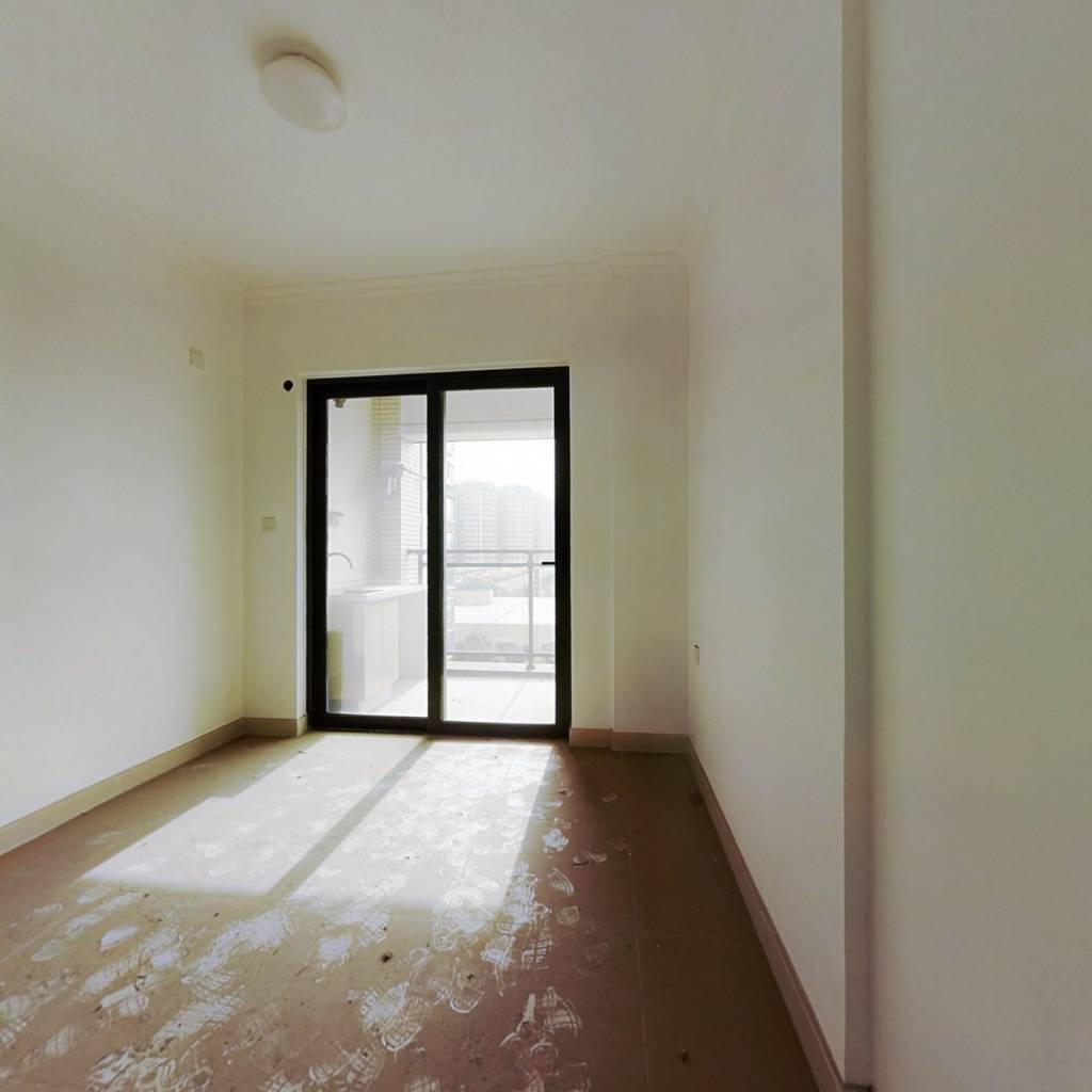 业主诚意出售52万 房产证满二年 看房有钥匙