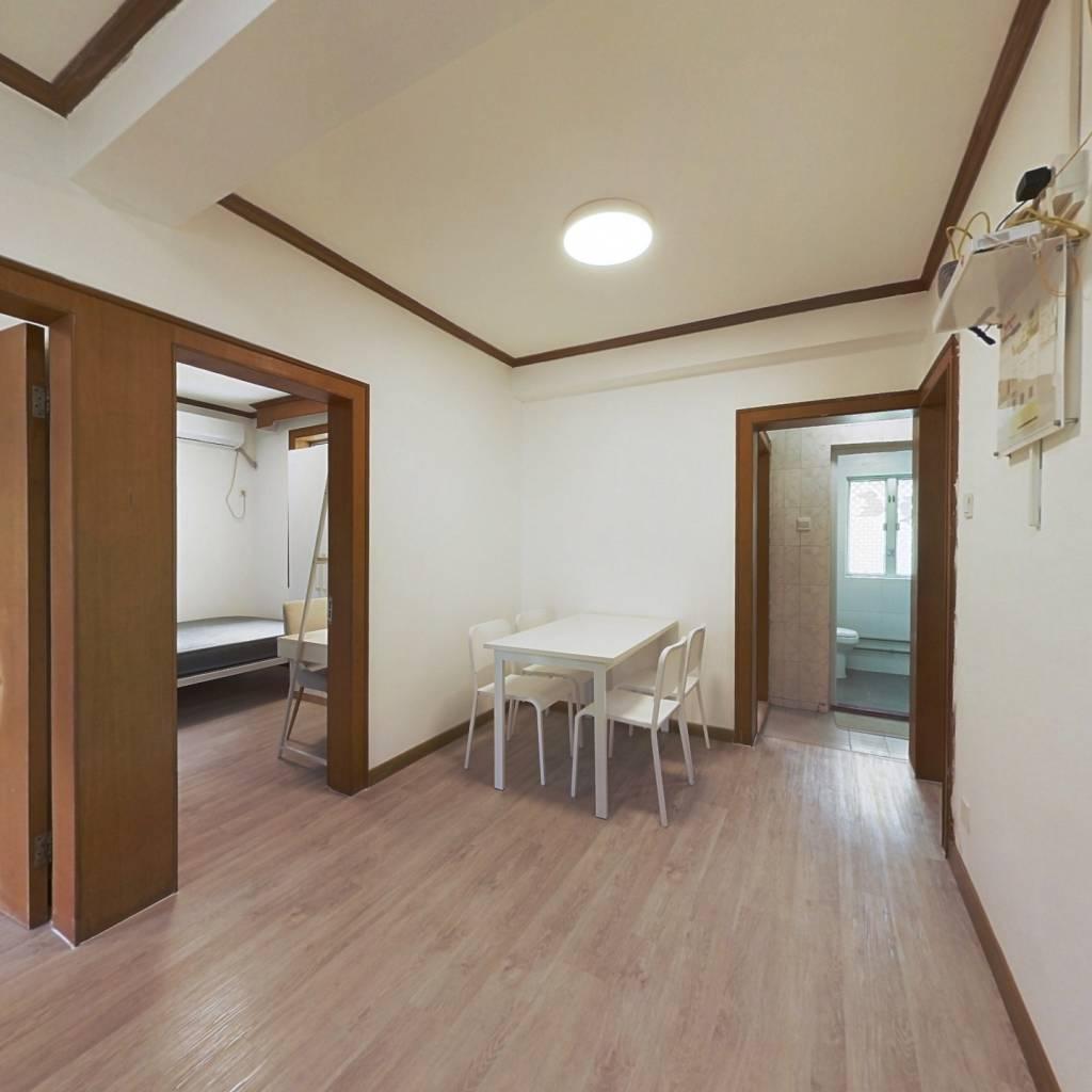 合租·爱榕园 4室1厅 北卧室图
