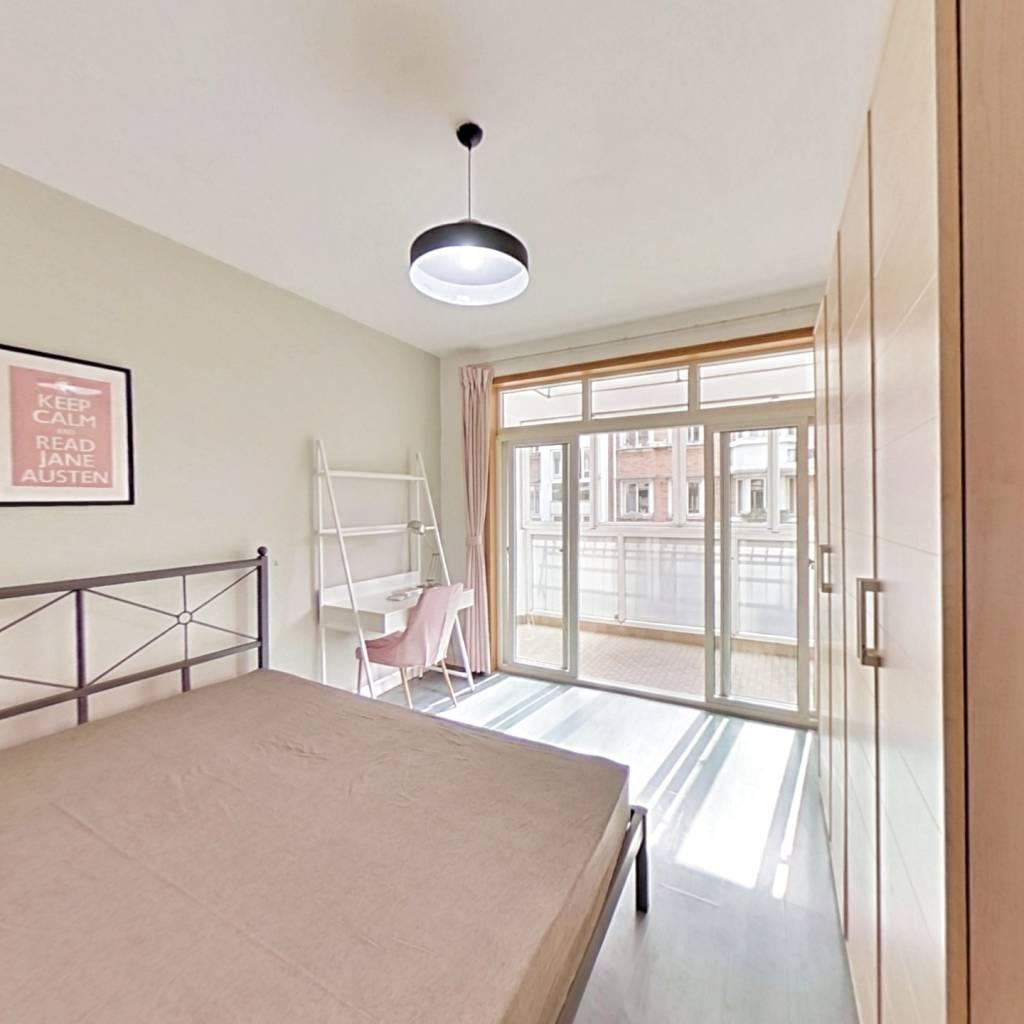 合租·近江家园一园 5室1厅 南卧室图