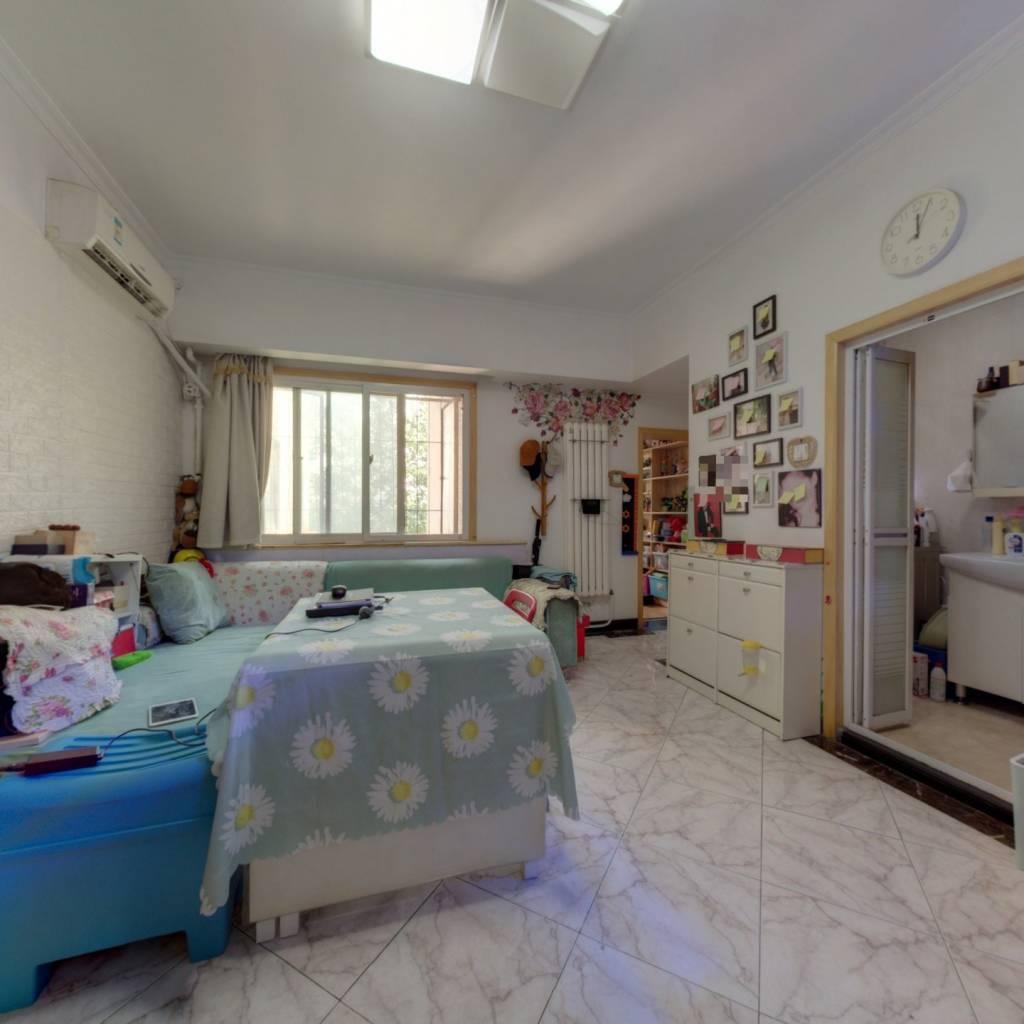 南湖东园二区 新上两居室东南向 业主诚意出售
