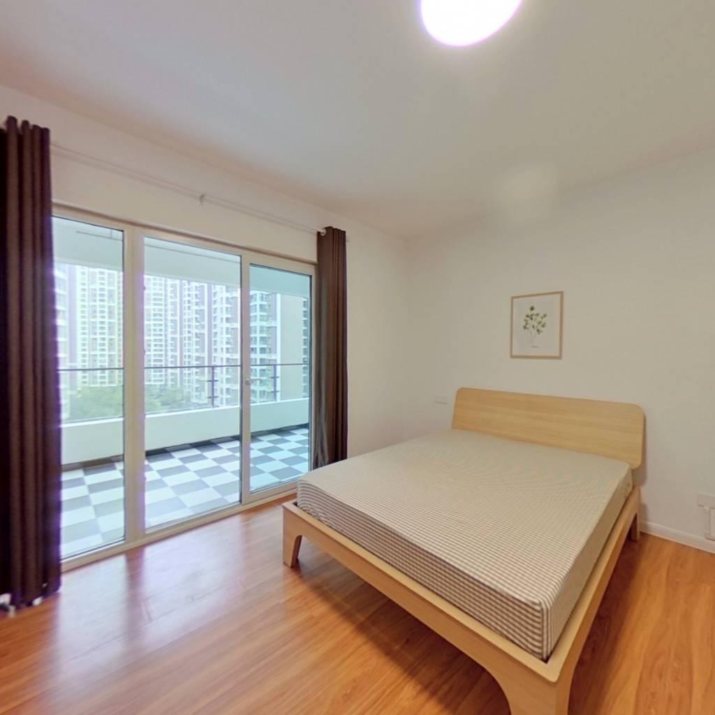 合租·金茂光明城市 4室1厅 西卧室图