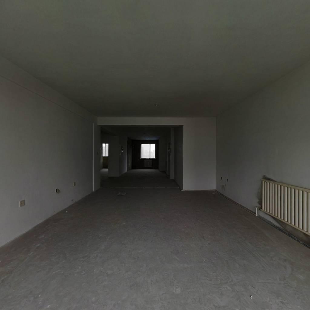 满五,大4室,南北通透,绿化园区,采光好,可贷款