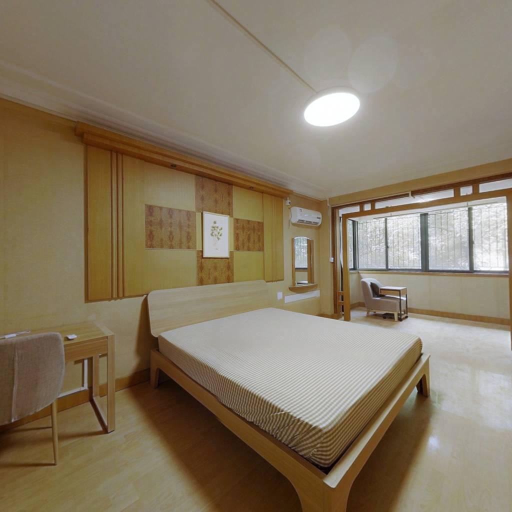 合租·惠东花园 6室1厅 西南卧室图