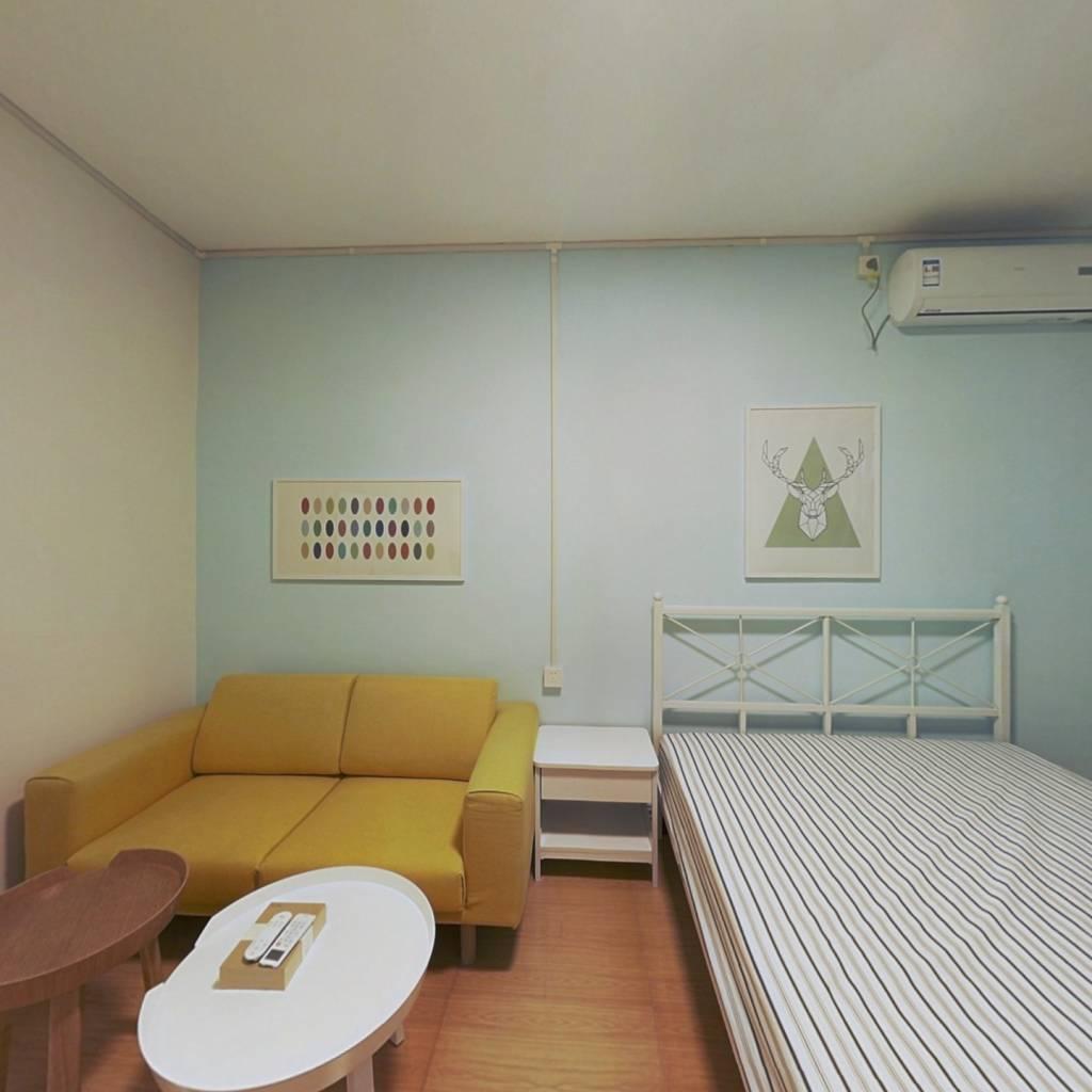 整租·卫华里 1室1厅 东卧室图