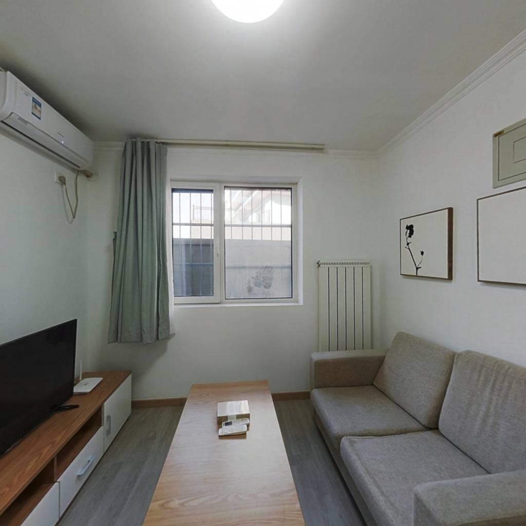 整租·五福玲珑居 1室1厅 西南卧室图