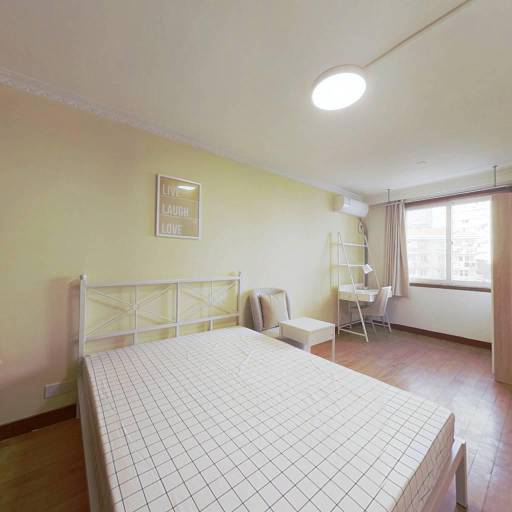 合租·云燕园小区 3室1厅 南卧室图