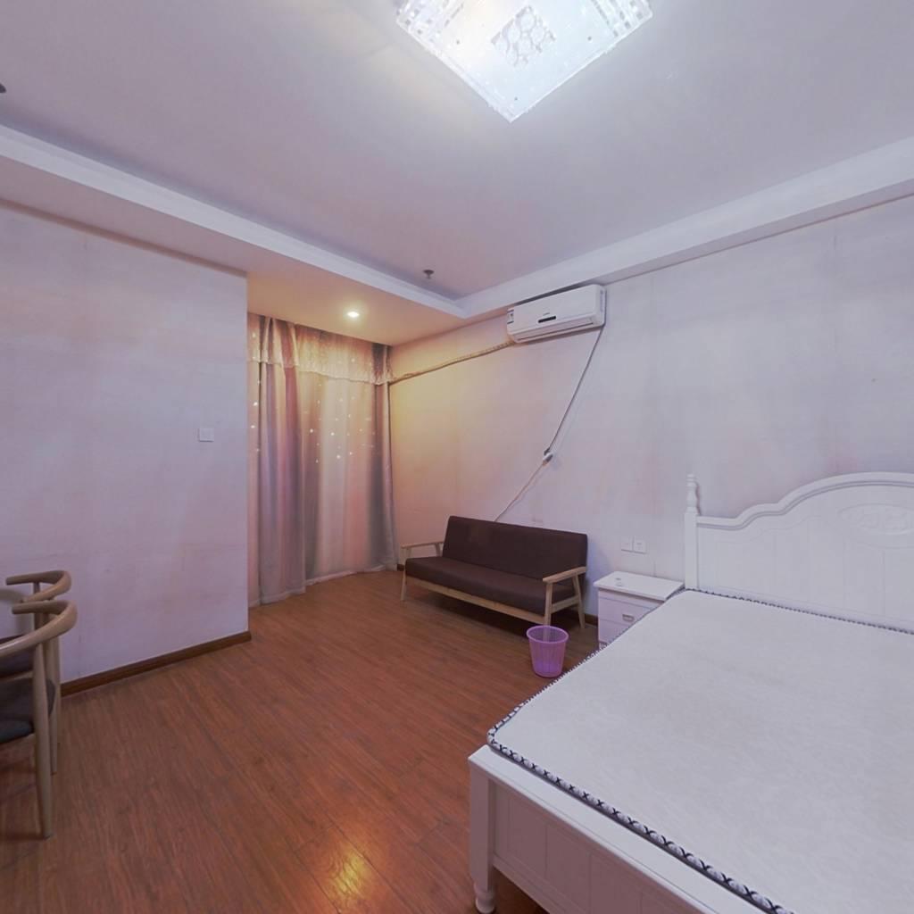 月亮湾边酒店公寓 贵安单身公寓手选