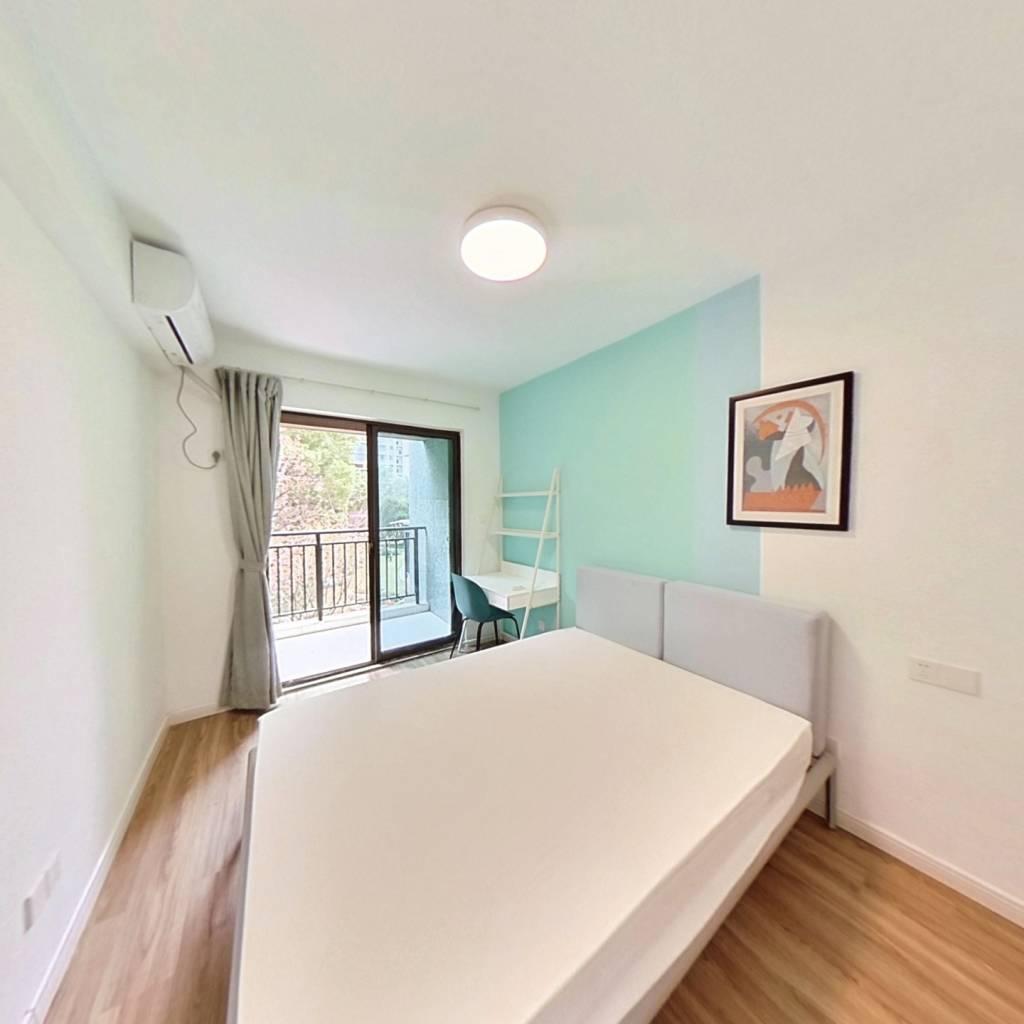 合租·圣奥领寓 4室1厅 西卧室图