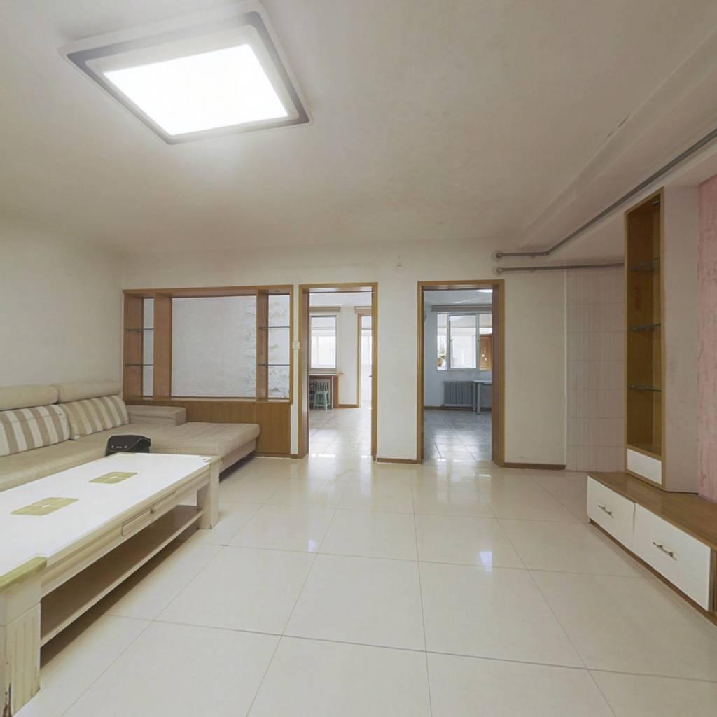 山师东路 秀水街 三室户型 采光好 位置好 配套成熟