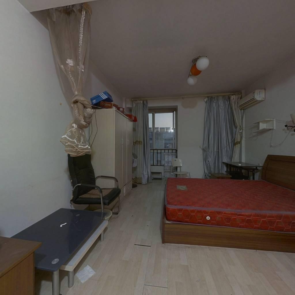 紫荆花园(丹阳市) 1室1厅 南 北