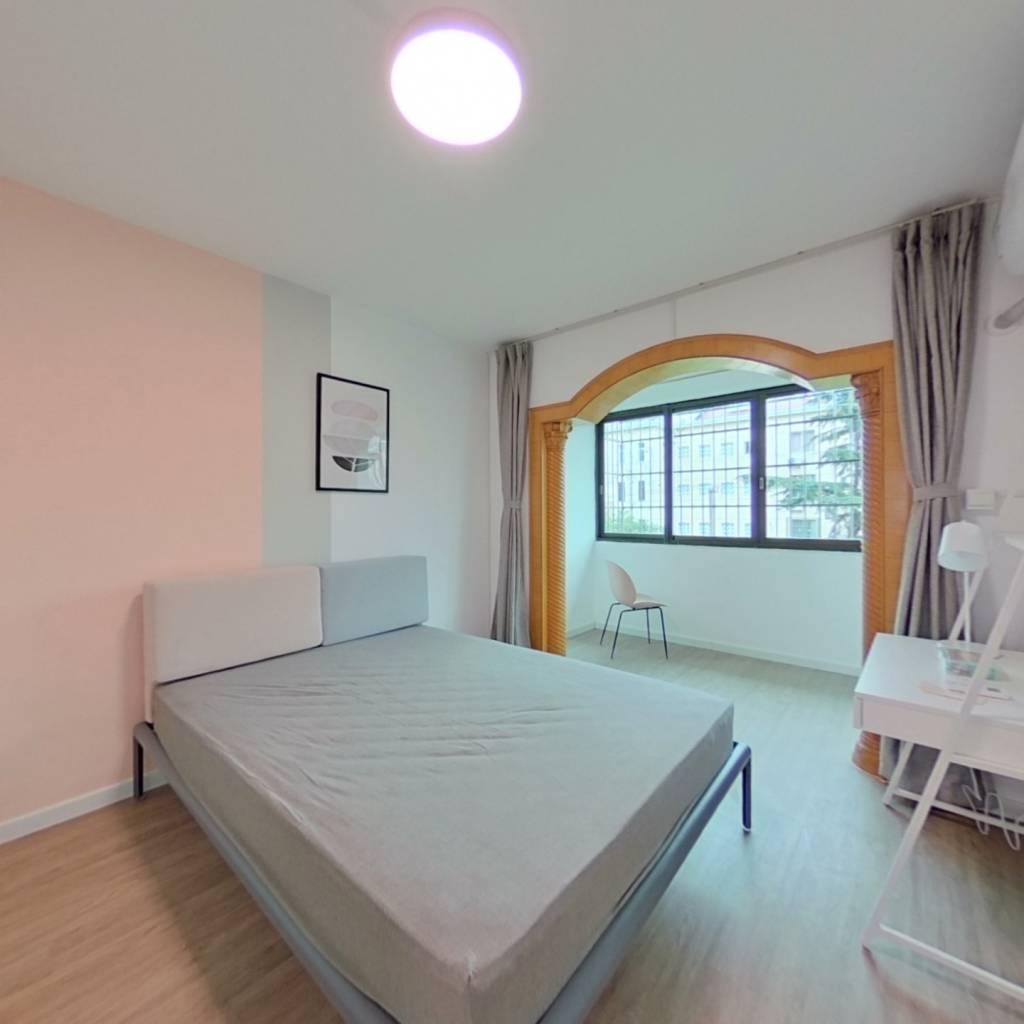 合租·妙城公寓 3室1厅 南卧室图