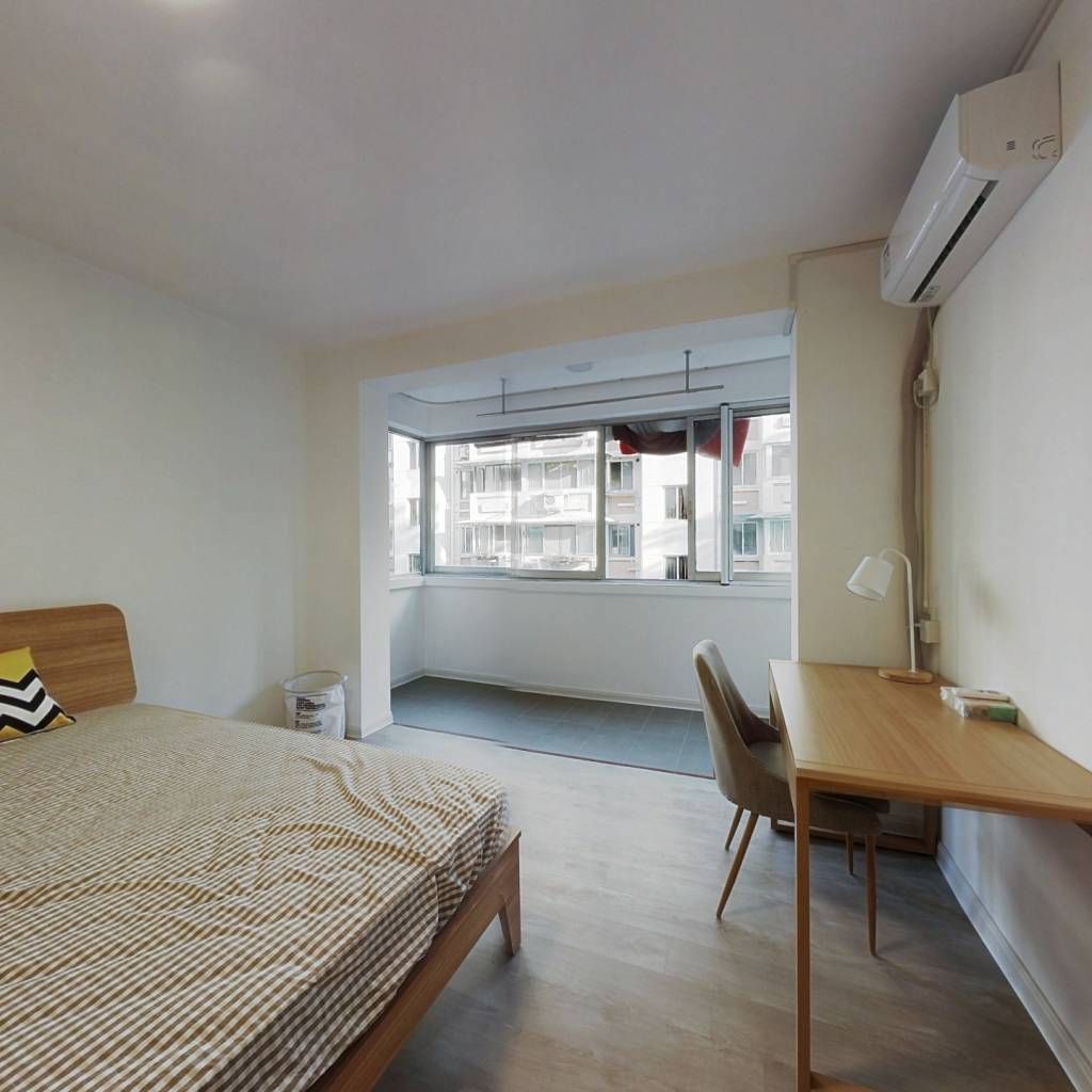 合租·金都新城 4室1厅 北卧室图