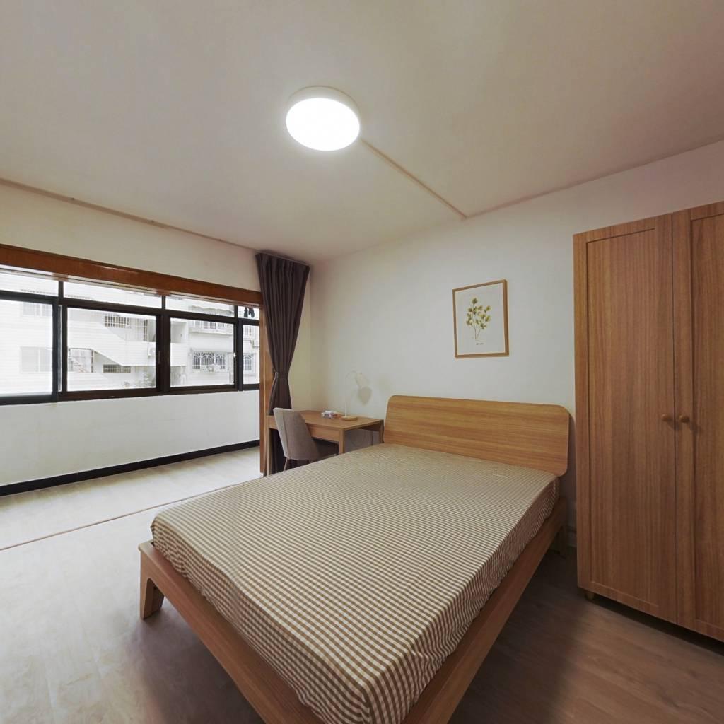 合租·艮园社区 3室1厅 西卧室图