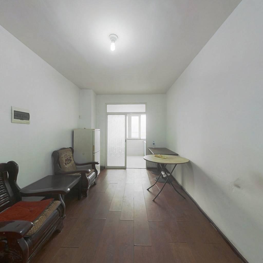 正良社区 南北两室 简装 满五唯一 无抵押 看房方便