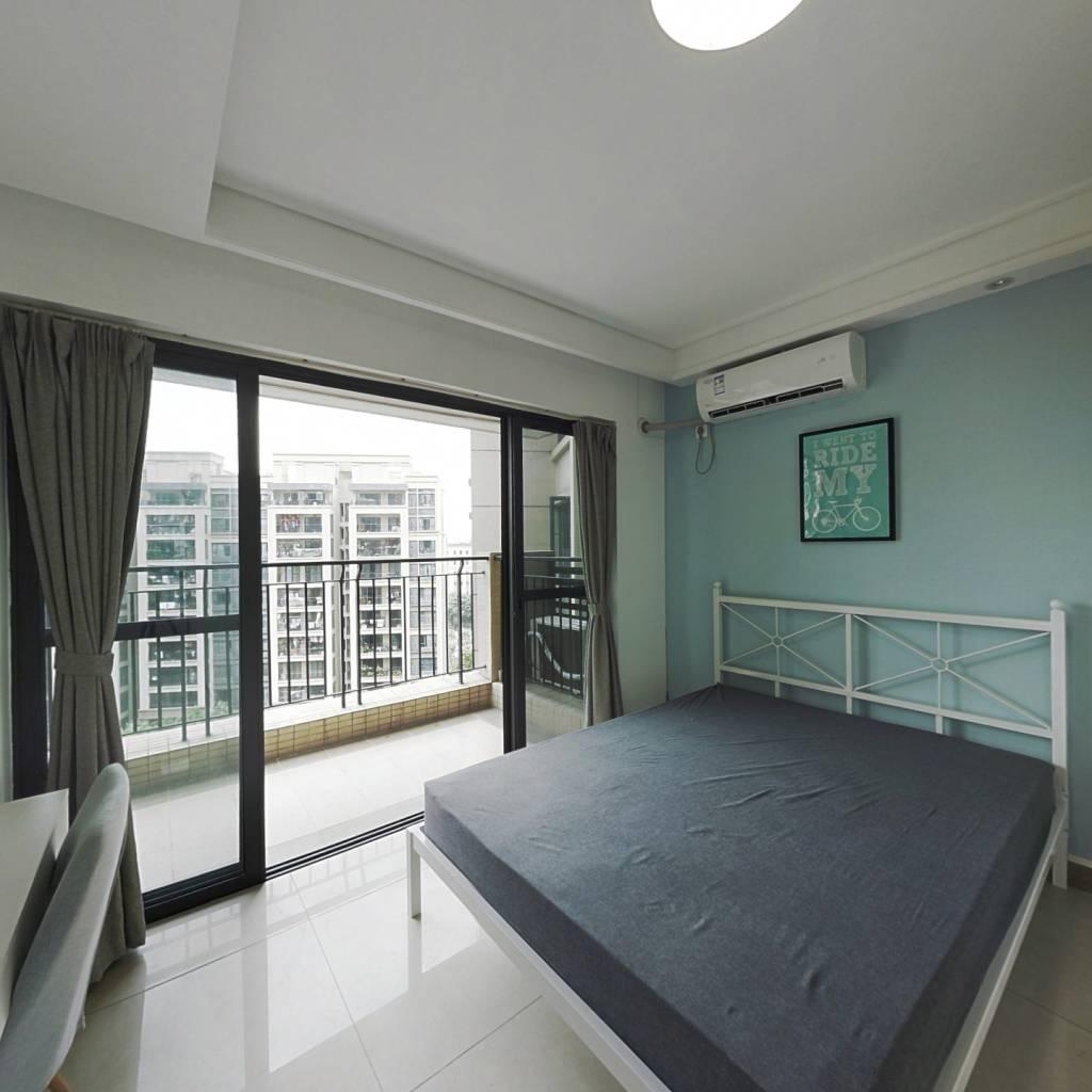 合租·保利西海岸星海花园 4室1厅 西卧室图