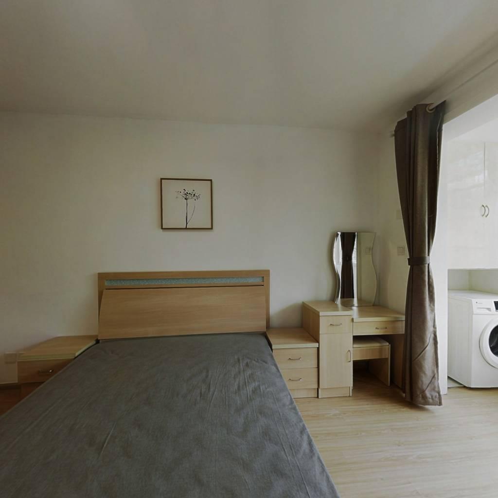 整租·虹仙小区 1室1厅 南卧室图