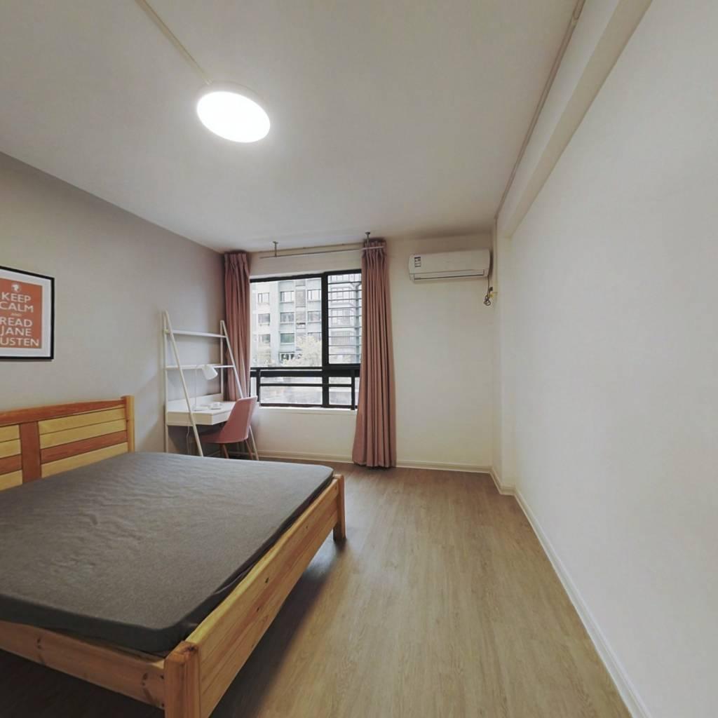 合租·云溪香山 3室1厅 北卧室图