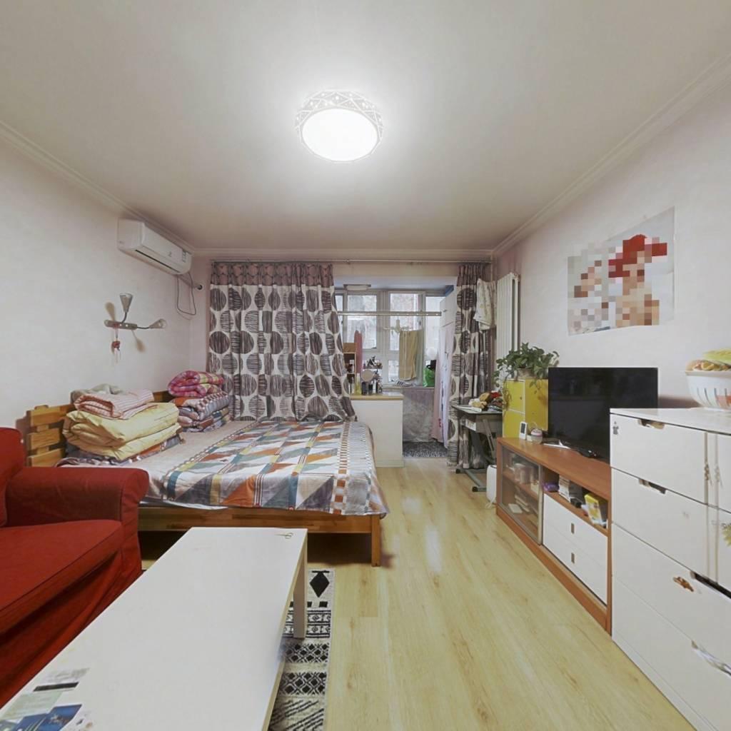 北太平庄路两居室,在2层,南北通透精装修