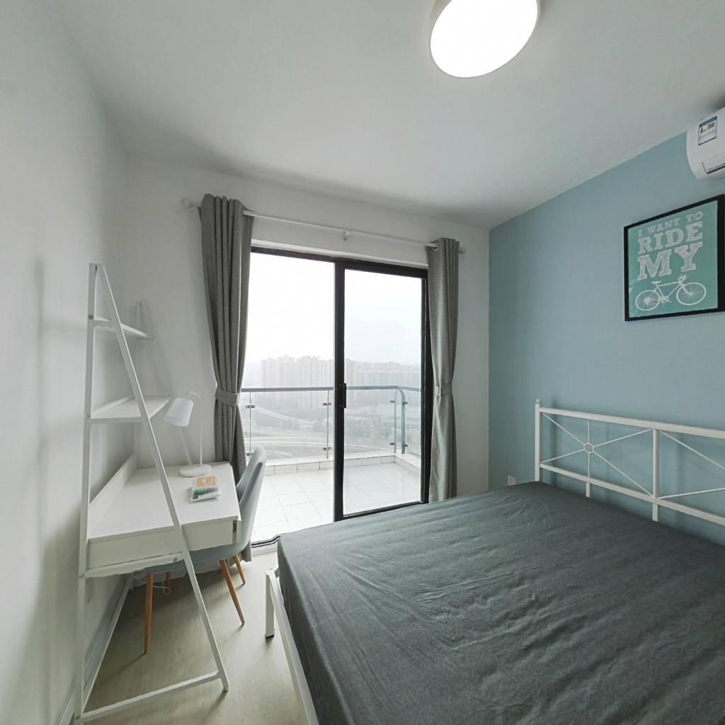 合租·蓝光凯丽美域 3室1厅 西卧室图