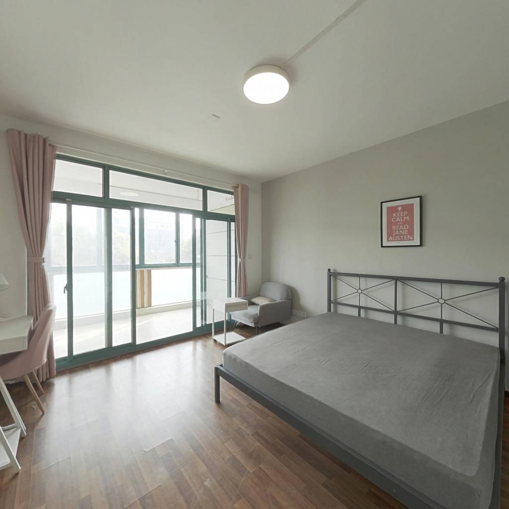 合租·上南花城 3室1厅 南卧室图