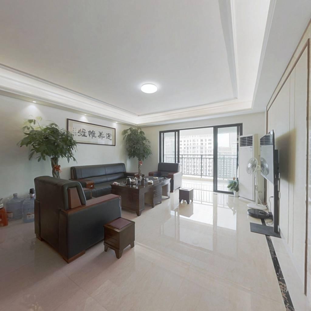 五象总部基地CBD商圈热门小区精装6房出售