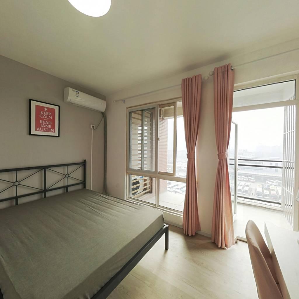 合租·西岸观邸 4室1厅 南卧室图
