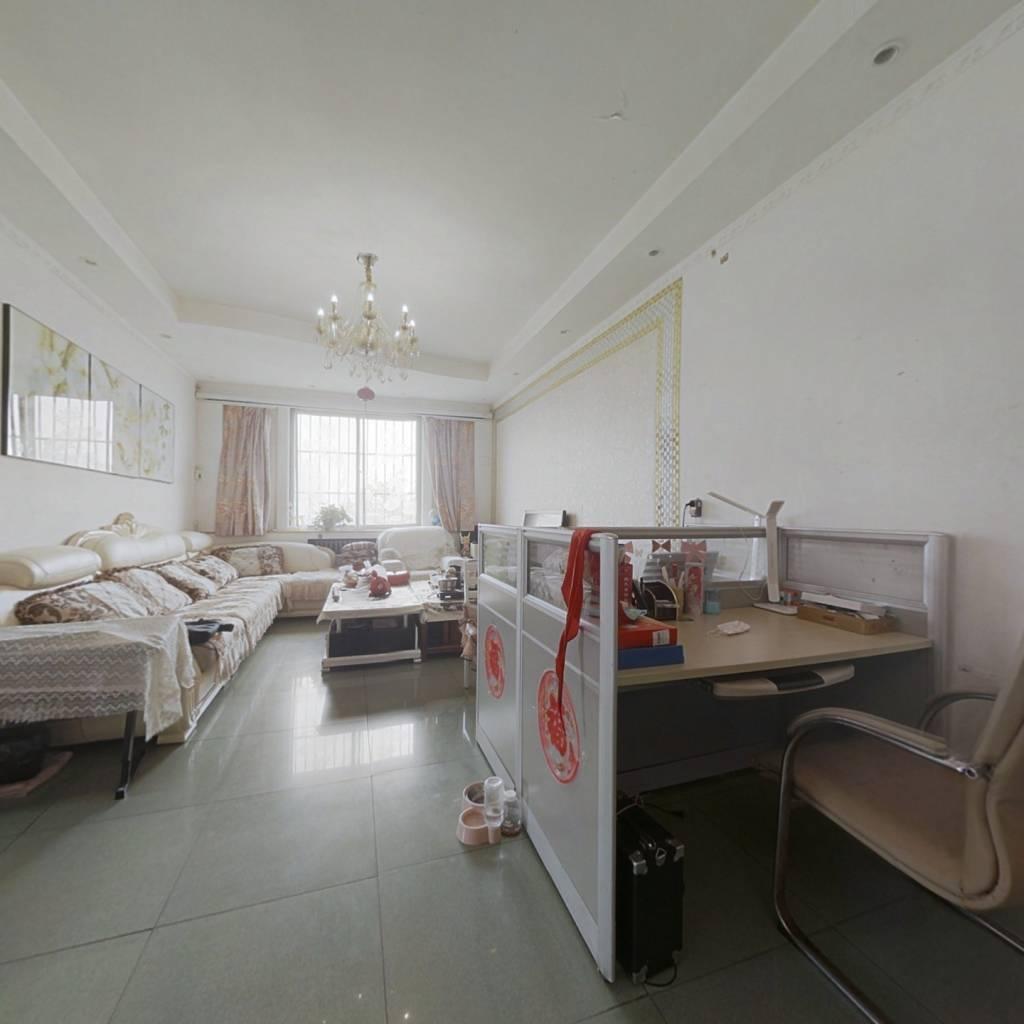 工商局宿舍(师范街160号) 4室2厅 南