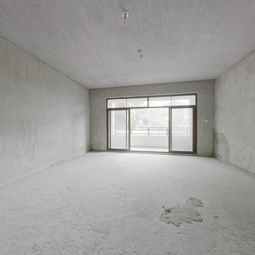 宝珊花园翡丽山5-2-1-4 226.50m² 450 万