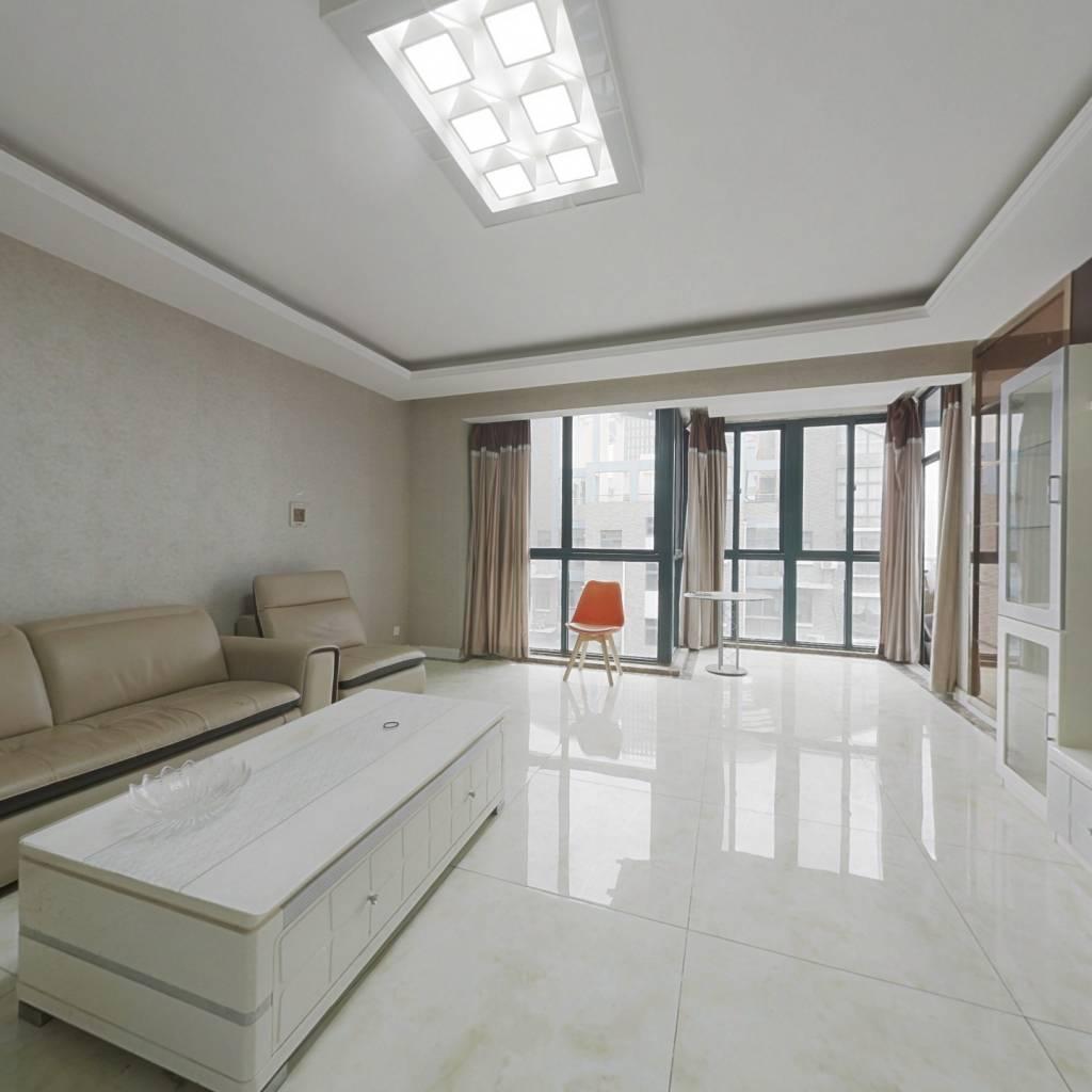 业主诚心出售看房方便户型好一梯两户精装修