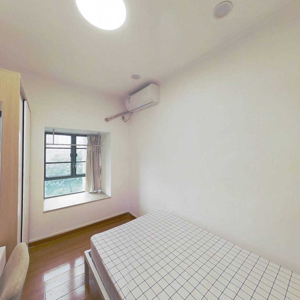 合租·翠湖山庄 4室1厅 东卧室图