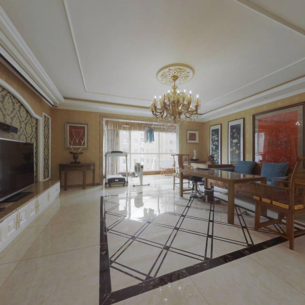 独栋一梯两户,视野开阔采光好平层大四室,电梯洋房