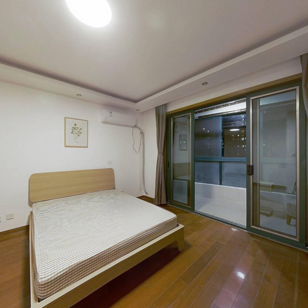 合租·绿洲康城亲水湾(中央区) 4室1厅 北卧室图