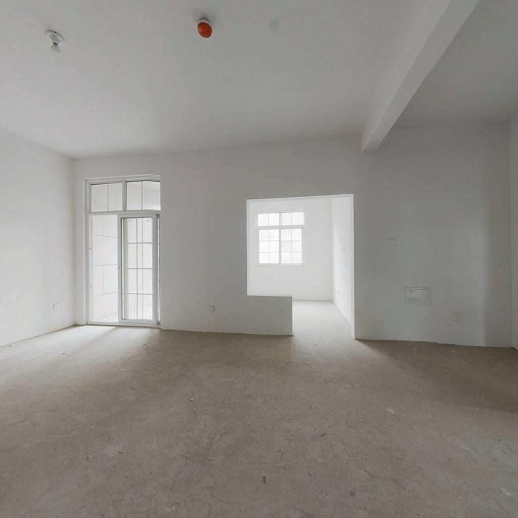 复式优质好房子,是您的选择。随时可看房。