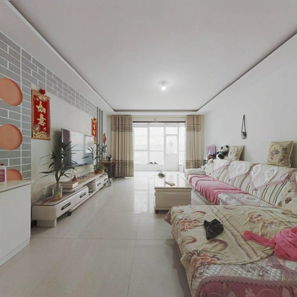烨京城市花园  一楼带院 通透三室 满五唯一 看房方便