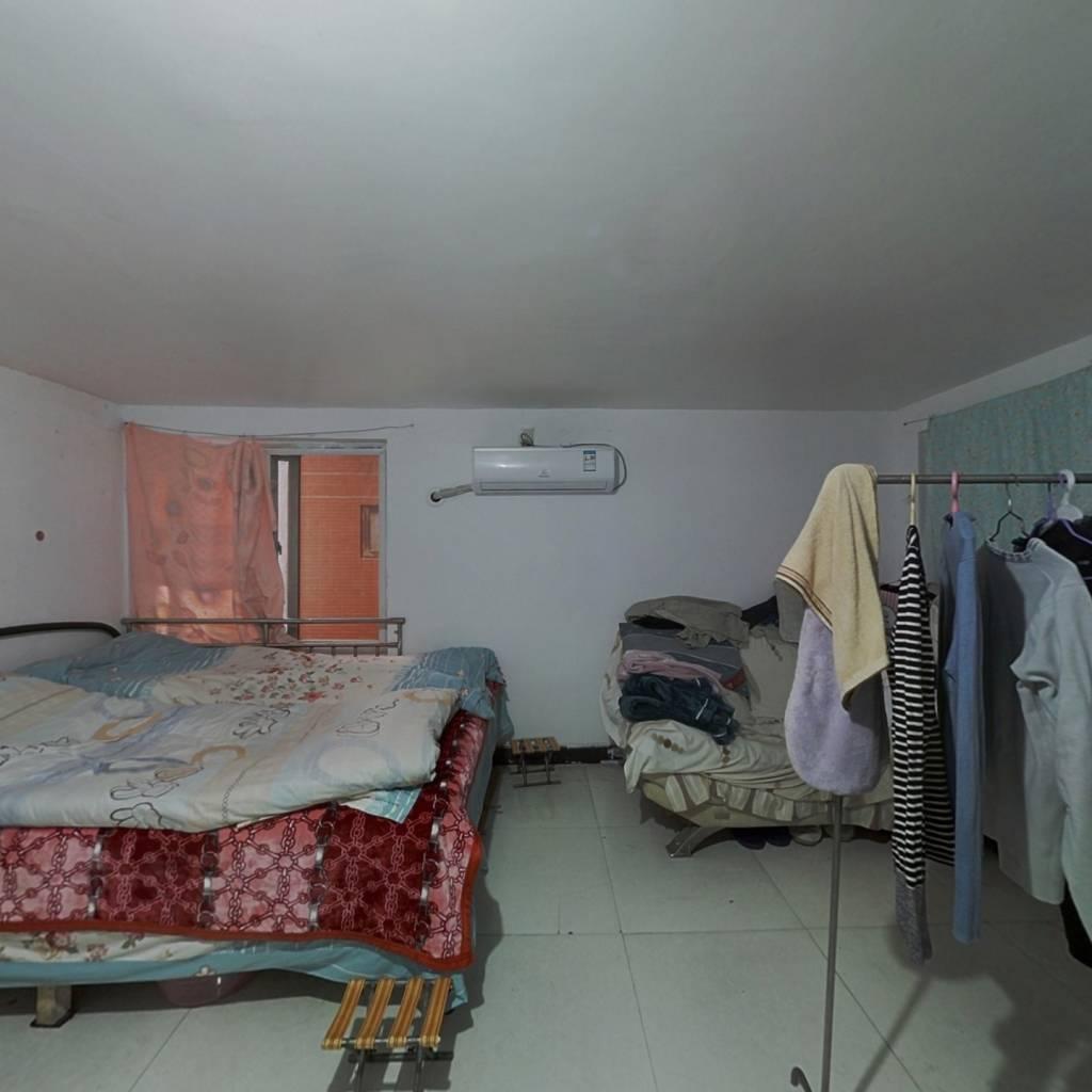 水榭花都 1室0厅 北