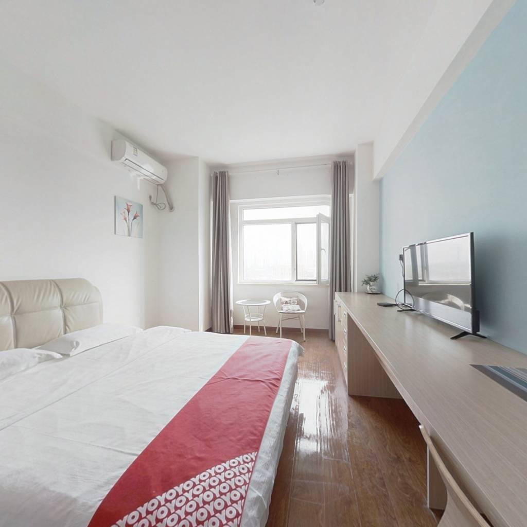 精装公寓、房主诚意出售,总价低
