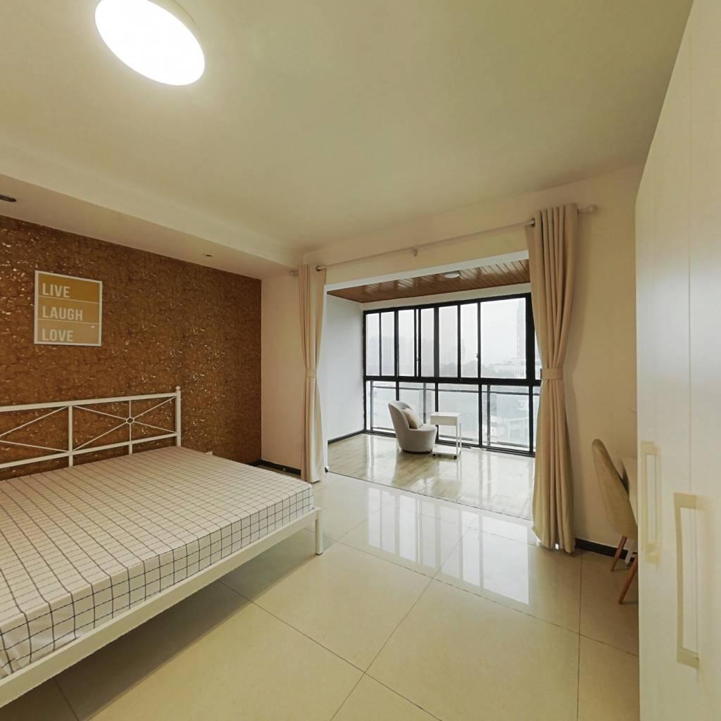 合租·翡翠海湾 3室1厅 西卧室图