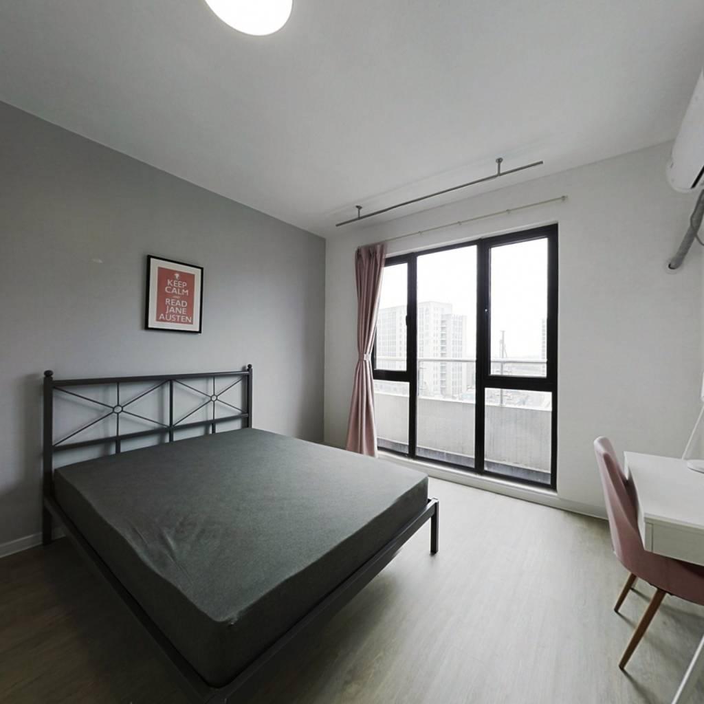 合租·招商武林郡 5室1厅 北卧室图