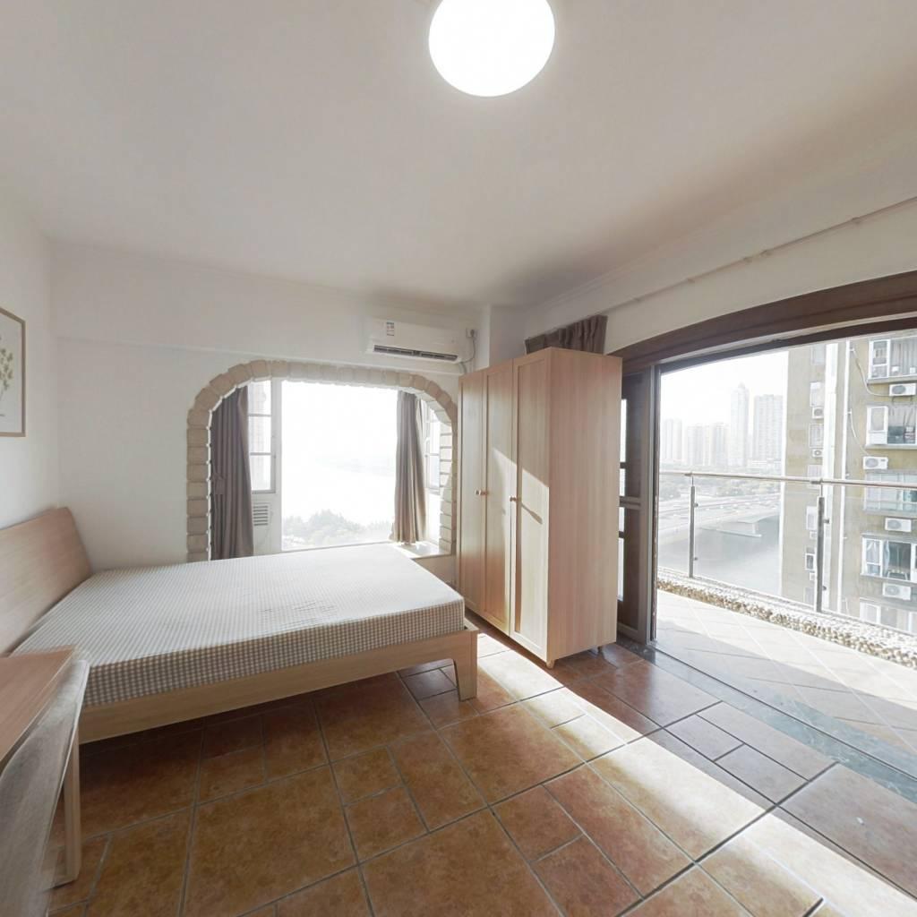 合租·琴海居 4室1厅 北卧室图