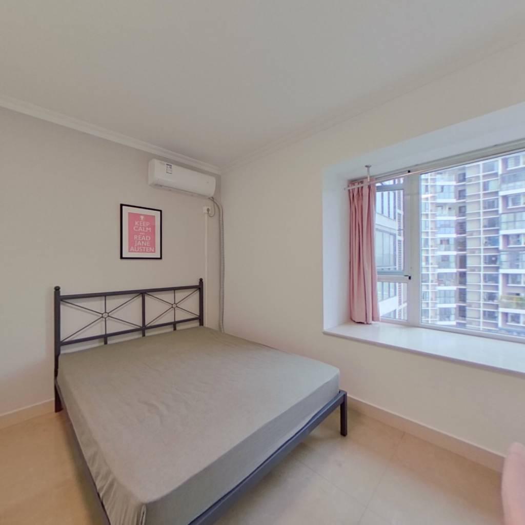合租·龙门镇二期 4室1厅 北卧室图