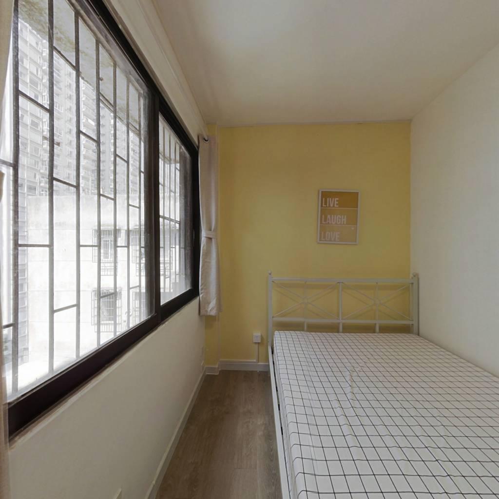 合租·紫荆小区 4室1厅 南卧室图