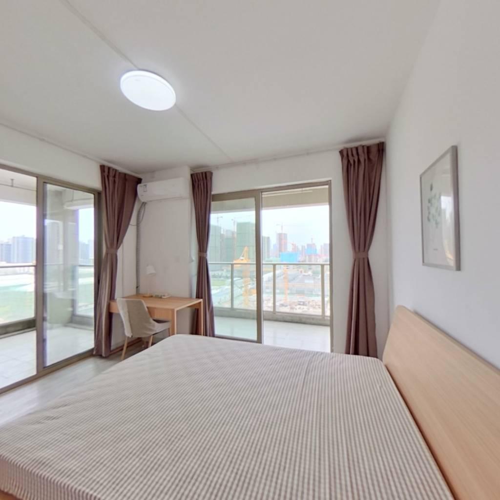 合租·中栋国际 4室1厅 南卧室图