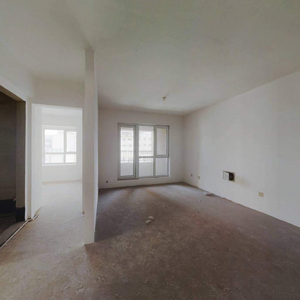 房屋采光好,户型好,小区环境舒适优雅